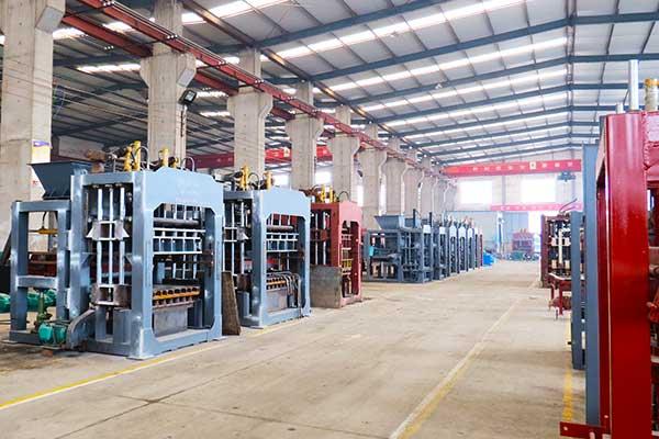 30-years-block-machine-factory