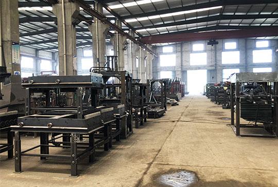 Cement-Brick-Making-Machine-Factory